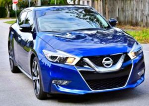 2O15 Nissan Maxima steering wheel for Sale in Abilene, TX