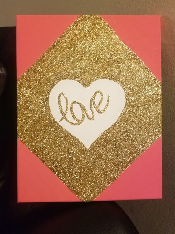 Sparkly gold glitter painting