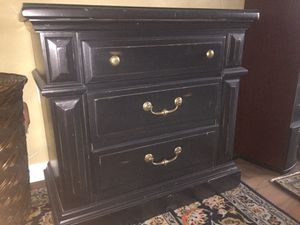 Small dresser/bedside table for Sale in Boston, MA