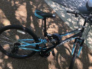 24 inch bike like new for Sale in Smyrna, GA