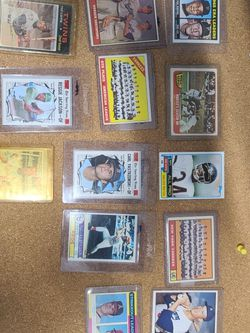 30 Card Lot! Baseball Cards for Sale in Brookhaven,  NY