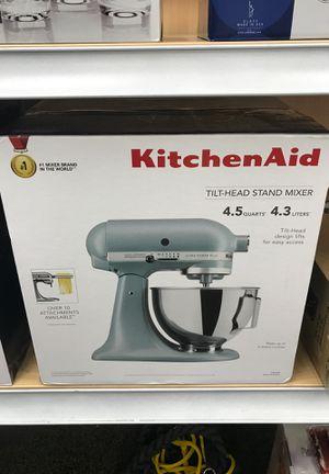 Kitchen Aid Mixer 4.5 Tilt Head Mixer for Sale in Hugo, MN