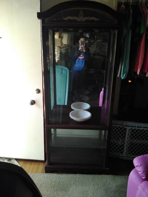 Hutch / china cabinet etc for Sale in Memphis, TN