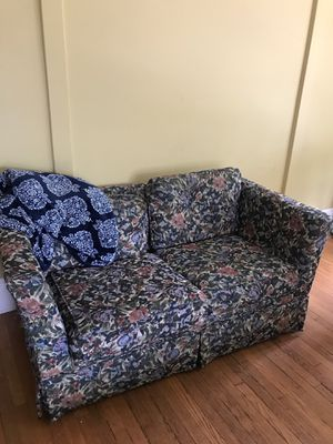 Two couches !!! Free for Sale in Grand Rapids, MI