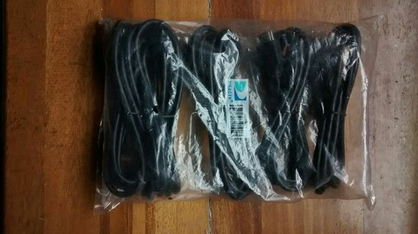 *BRAND NEW* DTV HDMI Cables 5-Pack