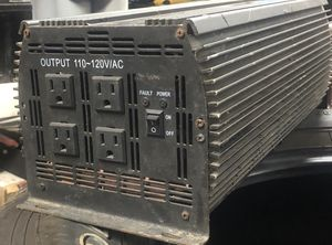 Motor trend 2400 watt power inverter for Sale in Camden, AR