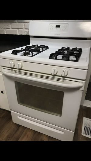 White gas stove for Sale in Northlake, IL