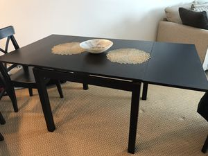 Kitchen Dining Room Table for Sale in Lynnwood, WA