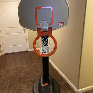Kids Basketball Hoop for Sale in Gervais, OR