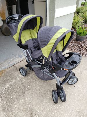 Baby Trend Sit N Stand Double Stroller for Sale in Land O Lakes, FL