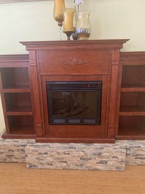 Fireplace and bookcase unit for Sale in Dunedin, FL