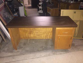 Kids desk for Sale in Fresno,  CA