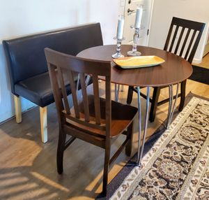 Modern Dinning Set for Sale in Tucson, AZ