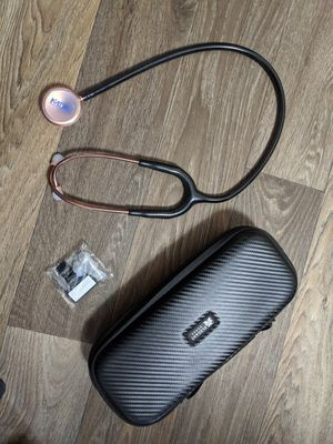 Like new rose gold and black stethoscope for Sale in Bellefontaine, OH