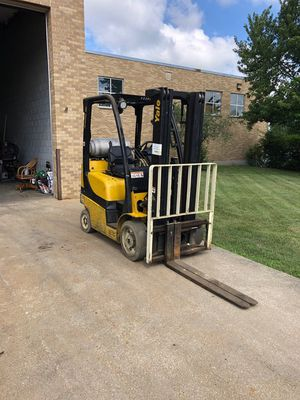 2013 Yale Propane Forklift for Sale in Addison, IL