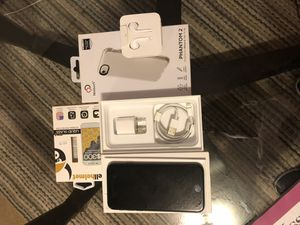 iPhone 7 T-Mobile (Like New!) for Sale in Pittsburgh, PA
