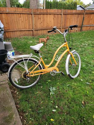 Electra Towne Beach Beach cruiser bike for Sale in Vancouver, WA
