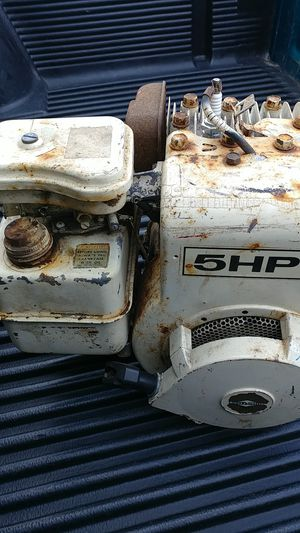 5hp briggs and stratton motor for Sale in Hillsboro, OR