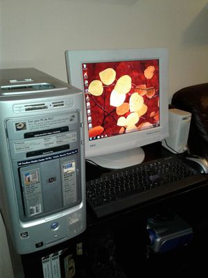 Hp computer. Windows 7. With wifi adapter. Monitor Samsung 20 inches. Speakers. Microsoft office. Antivirus. Good condition. for Sale in Rialto, CA