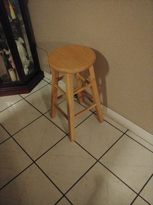 Stool *Real Wood* for Sale in Paramount, CA