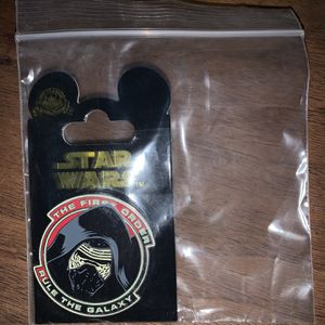 Disney Pin - Star Wars: The Force Awakens - Kylo Ren - Rule the Galaxy for Sale in Keizer, OR