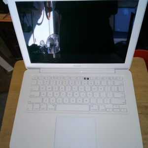 Macbooks. Three Of Them for Sale in Mount Laurel Township, NJ