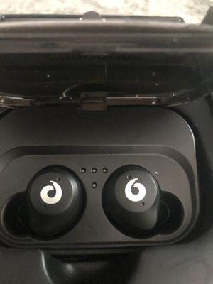 Pasanomi wireless Bluetooth earbuds for Sale in Indianapolis, IN