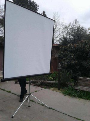 Projector screen w/ legs for Sale in Clovis, CA