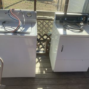 Washer and Dryer for Sale in Leesville, SC