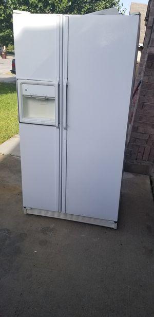 Ge refrigerator for Sale in San Antonio, TX