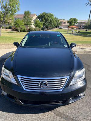 2011 LS460L clean title, Original owner, clean title, spotless car for Sale in Chandler, AZ