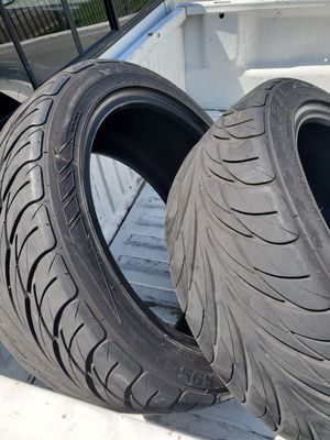 Tires 225/45/R17 for Sale in Fresno, CA