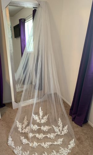 Brand New Wedding Items for Sale in Winter Haven, FL