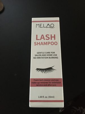 New never open in plastic Natural Eyelash Extension Shampoo + Brush, Eyelid Foaming Cleanser, Wash Eyelashes, Remove Makeup for Sale in Kent, WA