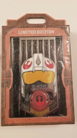 Star Wars Galaxys Edge Rise of The Resistance Opening Limited Edition Pin Disney Disneyland LE Only 500 for Sale in San Fernando, CA