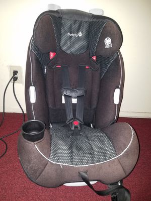 Safety first car seat for Sale in Huntington Park, CA