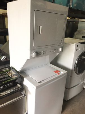 Frigidaire Stackable Washer & Dryer for Sale in Carson, CA