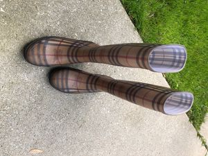 Real Burberry rain boots (size 8) for Sale in West Bloomfield Township, MI