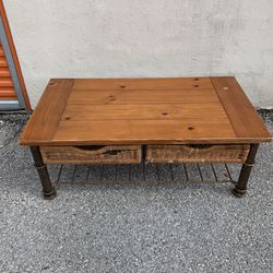 Coffee Table with 2 Wicker Baskets for Sale in Houston,  TX