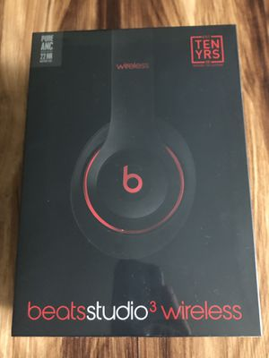 Beats Studio3 Wireless Over-Ear Headphones - The Beats Decade Collection - Defiant Black-Red - New and Sealed in its box for Sale in TWN N CNTRY, FL