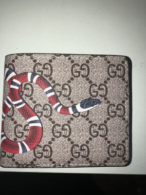 Gucci snake wallet for Sale in Denver, CO