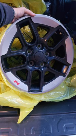 5 Jeep wheels for Sale in Puyallup, WA