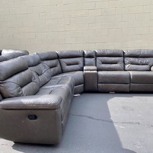 CLEARANCE | COSTCO Leather Reclining Sectional, Gray | LIKE NEW | 🔥$50 DOWN for Sale in San Diego, CA