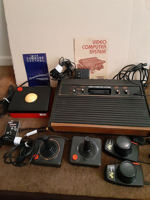 ATARI 2600,SELLING AS IS, UNTESTED EVERYTHING IS INCLUDED for Sale in Chula Vista, CA