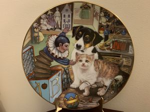 Toying Around Little Shopkeepers Cat Dog Plate Collection for Sale in Dallas, GA
