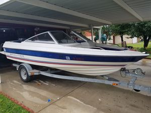 1993 Bayliner FBGLS OUTBD 70 HP for Sale in Saginaw, TX