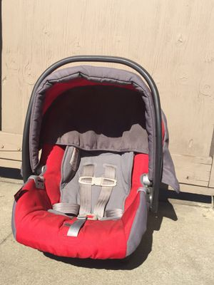 Baby Car seat with base for Sale in Sunnyvale, CA