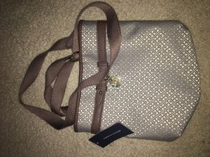 Tommy Hilfiger shoulder bag for Sale in Silver Spring, MD