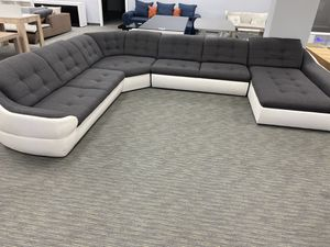 Big sale !!! Sectional sofa with sleeper and storage space for Sale in North Miami, FL