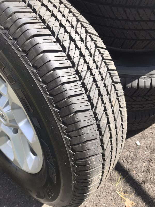 265/70R17 TOYOTA 4Runner SR5 wheels and Tires ***BRAND NEW***